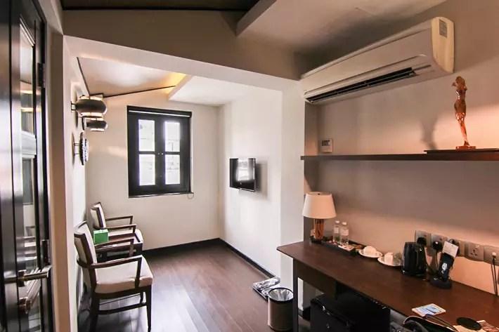 Hotel-Clover-Jalan-Sultan-Living-room