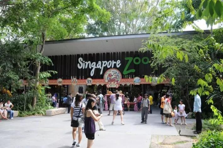 Singapore_Zoo_entrance-15Feb2010
