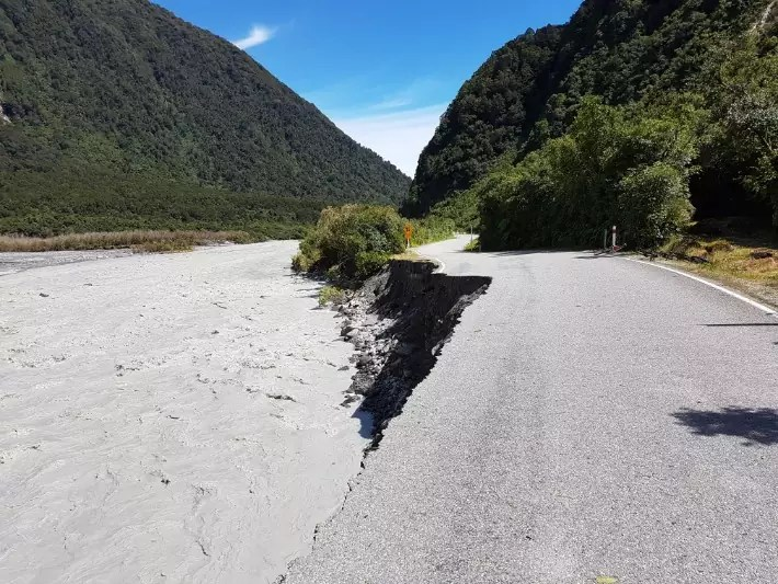 cyclone road damage, new zealand