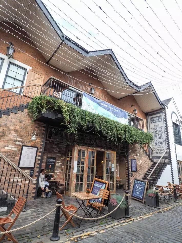 cute cafes, Ruthven Lane, Ashton Lane, Cresswell Lane, glasgow, scotland itinerary