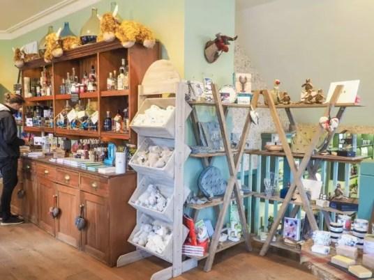gift souvenir shop Loch lomond, scotland itinerary