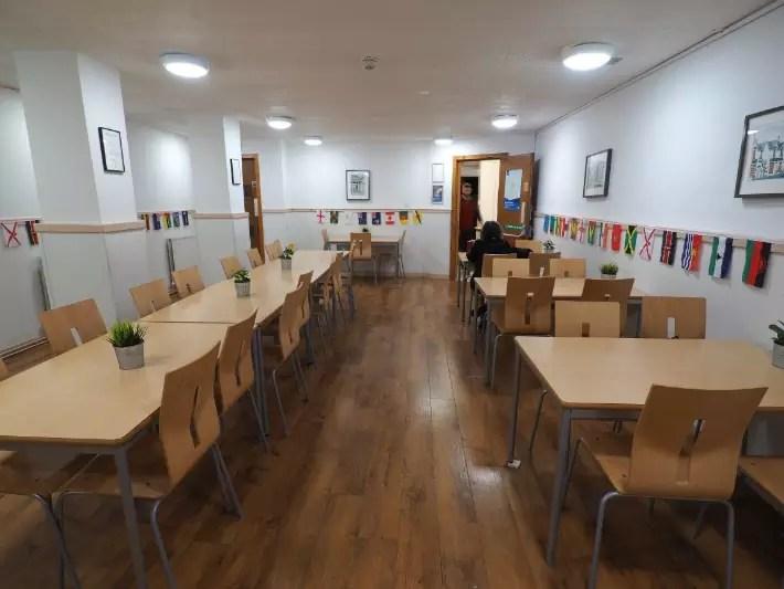 glasgow hostel dining, hostelling scotland, scotland itinerary