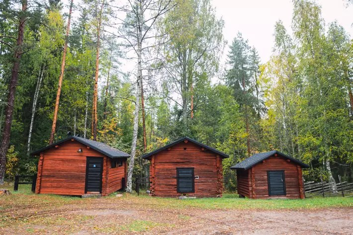 red wood cabins, Nuuksio National Park