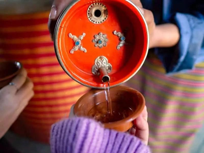 Ara-rice-wine-what-to-eat-in-bhutan