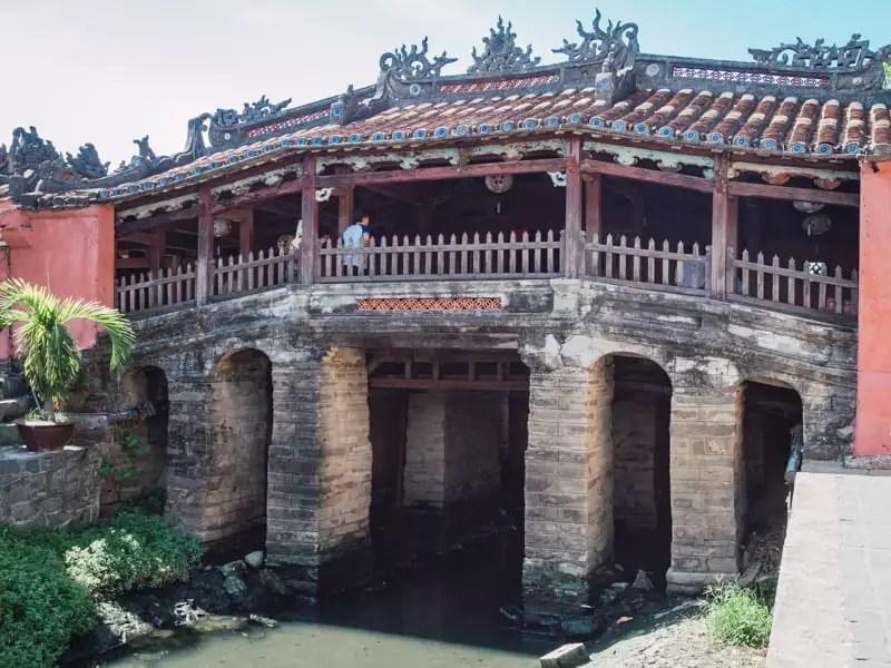 Japanese-bridge-Things-to-do-in-Hoi-An-Vietnam