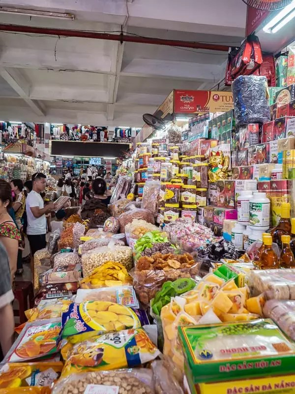 Cho Han market, Things-to-do-in-Da-Nang-Vietnam