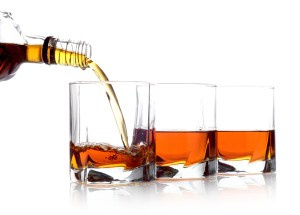 whiskey shutterstock_183693863