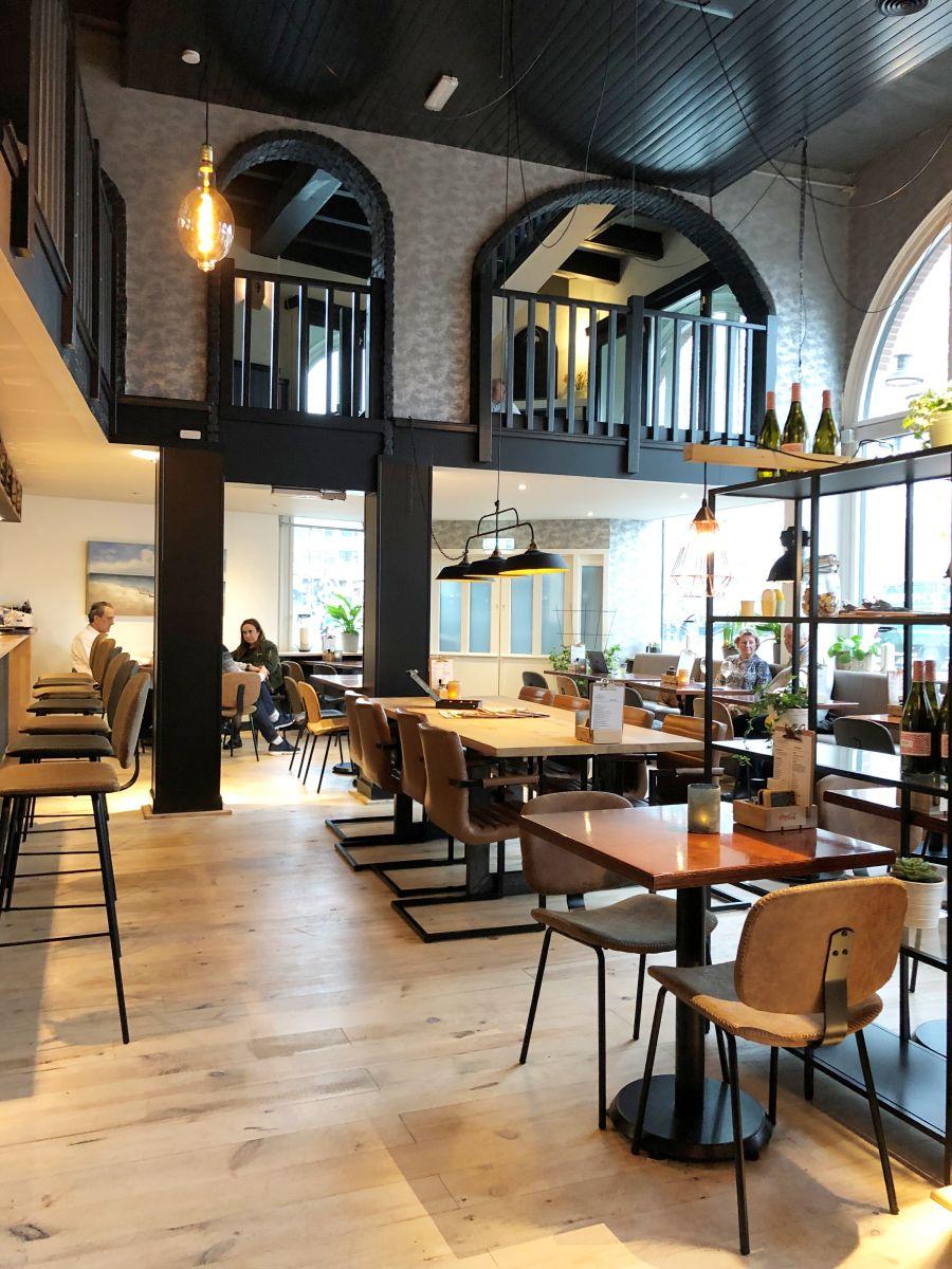 Grand Café Alba's, Westhavenkade 1-3, Vlaardingen | BELEVENINVLAARDINGEN.NL #beleveninvlaardingen #vlaardingen