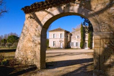 Location de vacances : Belfonds porche demeure en Provence