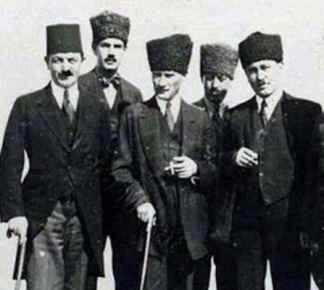 Kaderin Birleştirdiği iki Tıbbiyeli ve Yaşar Kemal