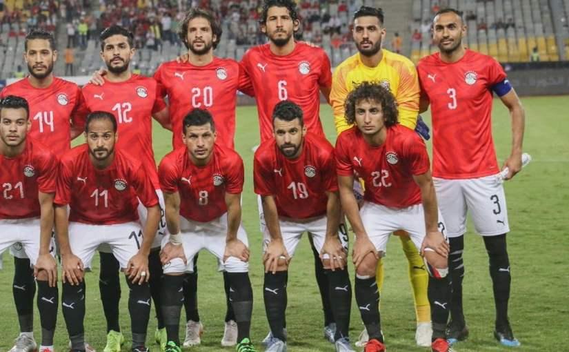 مدرب منتخب مصر يكشف حقيقة الدفع بالشناوي في أمم إفريقيا