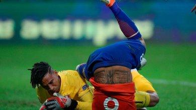 Photo of نجم برشلونة يتعرض للإصابة أمام بيرو