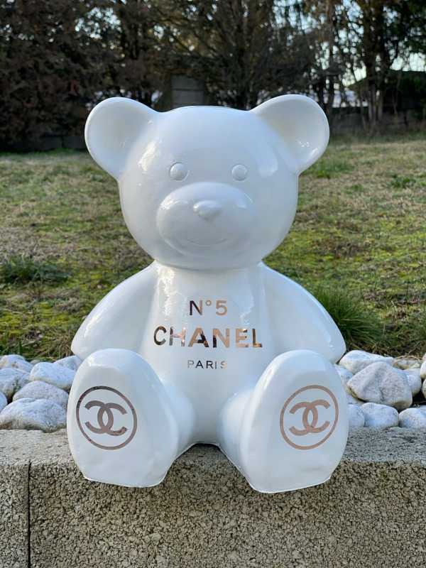 Ours Chanel Blanc