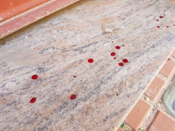 Tracce di sangue per le vie di Castelvetrano