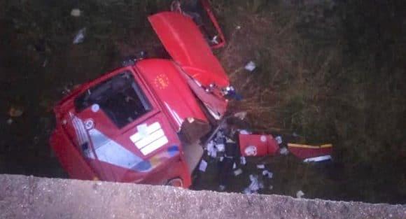 Grave incidente su A29, motrice giù dal viadotto