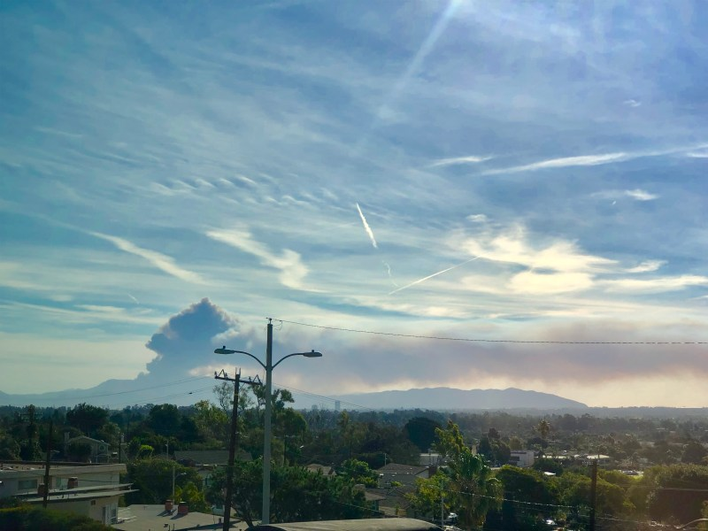 woolsey fire smoke plume over Ventura, California on day number six