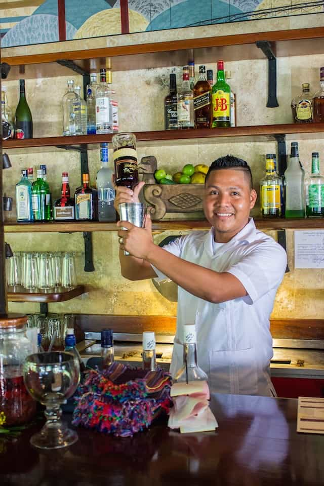 Belizean bartender