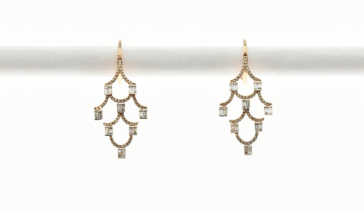 fine-earrings- with gold and diamonds
