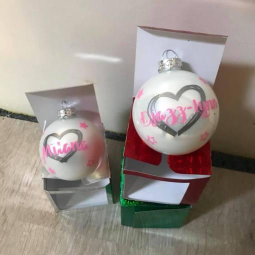 Kerst, Kerstbal met naam,Kerstbal met naam - Kerstbal gepersonaliseerd - Gepersonaliseerde kerstbal - Naam cadeau, Kraam cadeau, Geboorte cadeau