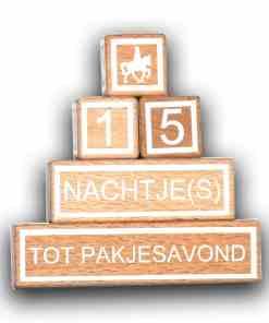 Aftelblokken - Sinterklaas - Zwanger - Kerst - Jarig De complete set bestaat uit het volgende: *3 blokjes van 3×3 cm met cijfers om vele cijfercombinaties te maken *1 blokje van 9x3x3 cm met nachtje(s), dagen, weken, maanden *1 blokje van 12x3x3 cm met Zwanger, tot pakjesavond, tot kerstmis, tot ik jarig ben Je kunt het blokje met extra plaatjes er los bij bestellen LET OP: deze blokken zijn puur decoratief en niet bedoeld als speelgoed.
