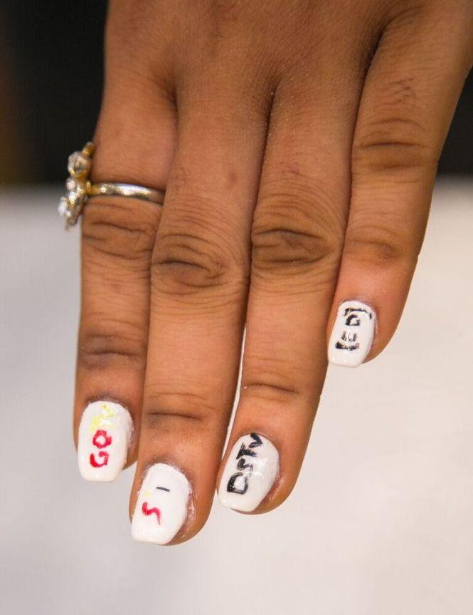 Jonny P Pham Makes Acrylic Flowers Bloom On His Client 39 S Fingernails Photo Tony Walters