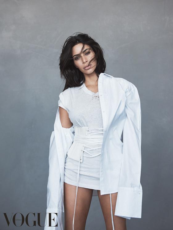 Kim Kardashian West (2)