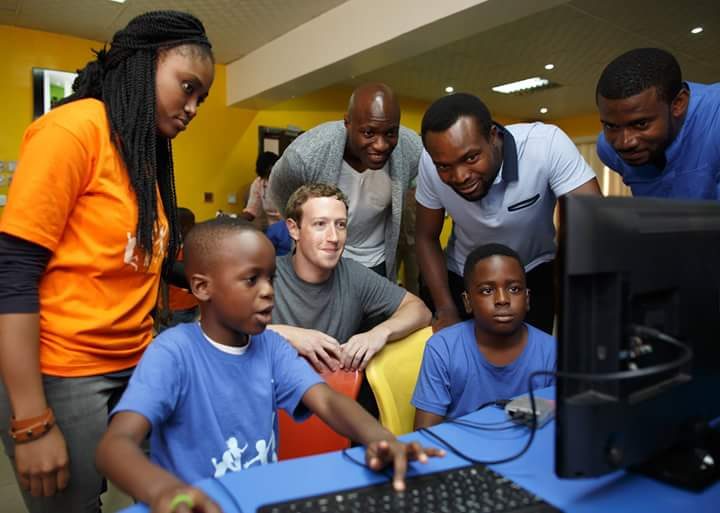 Mark Zuckerberg with kids at the 'Summer for Code Camp'