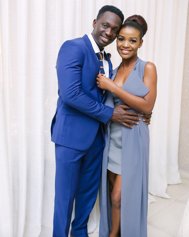 Beautiful photos from Tomi Odunsi & Seun Fadina's court wedding