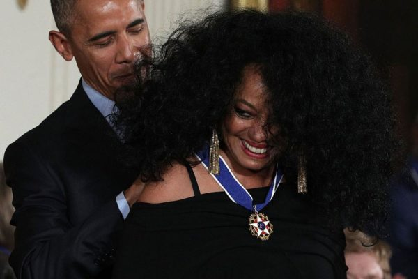 WASHINGTON, DC - NOVEMBER 22:  U.S. President Barack Obama presents the Presidential Medal of Freedom to Diana Ross during an East Room ceremony at the White House November 22, 2016 in Washington, DC. The Presidential Medal of Freedom is the highest honor for civilians in the United States of America.  (Photo by Alex Wong/Getty Images)