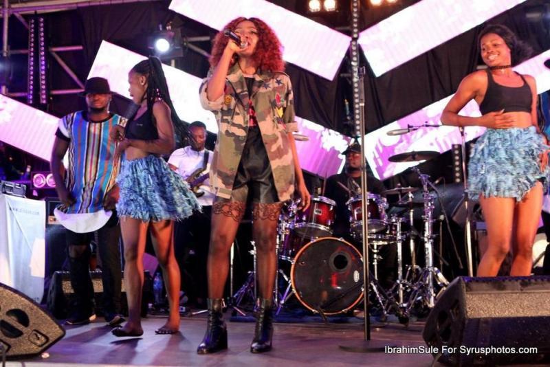 BellaNaija - Falz, Darey, Toke Makinwa and all the beautiful people at Simi's #SimisolaTheAlbum Launch 🌊