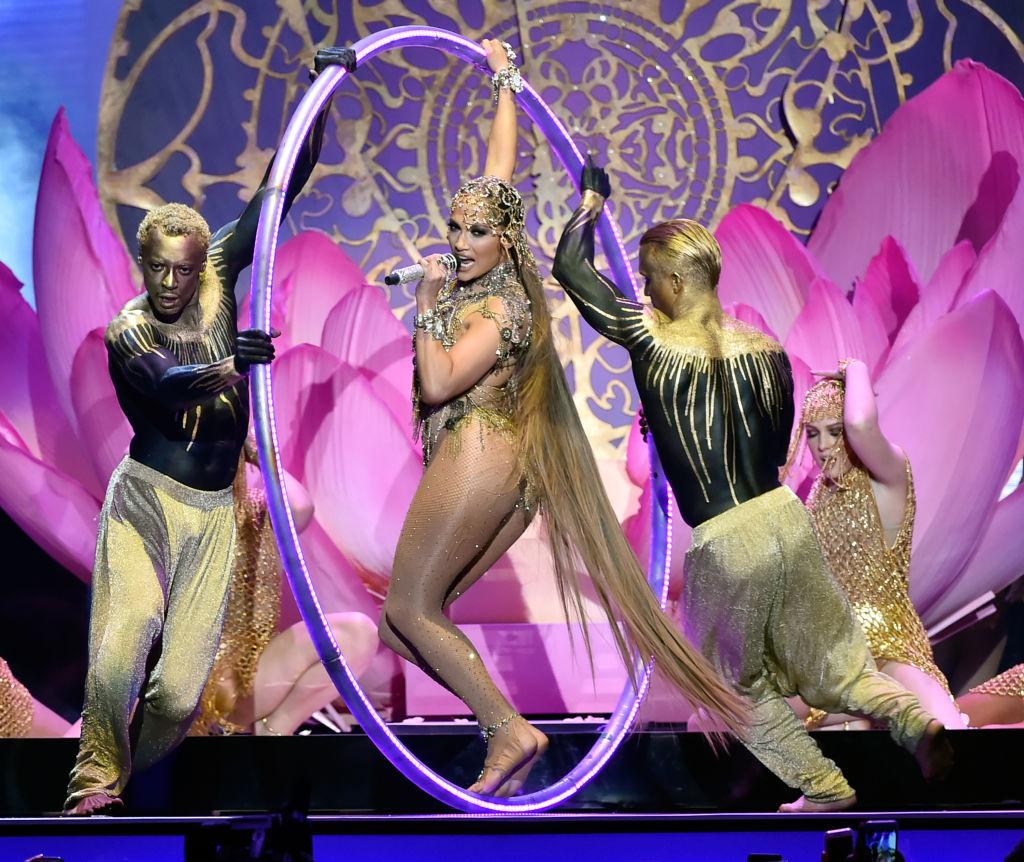 Cardi B Amp Jennifer Lopez Gave Show Stopping Performances
