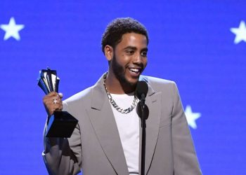 "And the 25th Annual Critics Choice Awards WINNERS are… Jharrel Jerome, ""US"", Regina King 