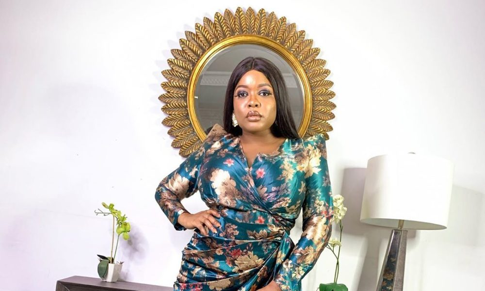 See Bolanle Olukanni, Osas Ighodaro, Timini Egbuson And More At The Star Studded Launch of Arese Ugwu's Second Book ' The Smart Money Tribe'