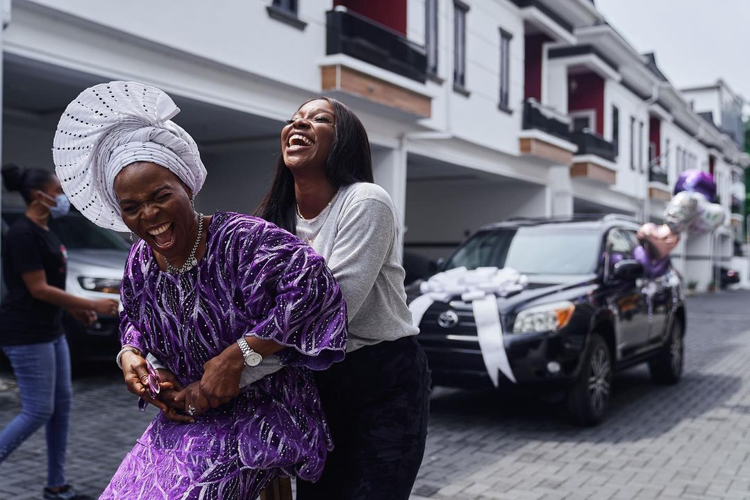 TV Host Tomike Adeoye Buys Her Mum A New Car With First Vlogging Pay Check