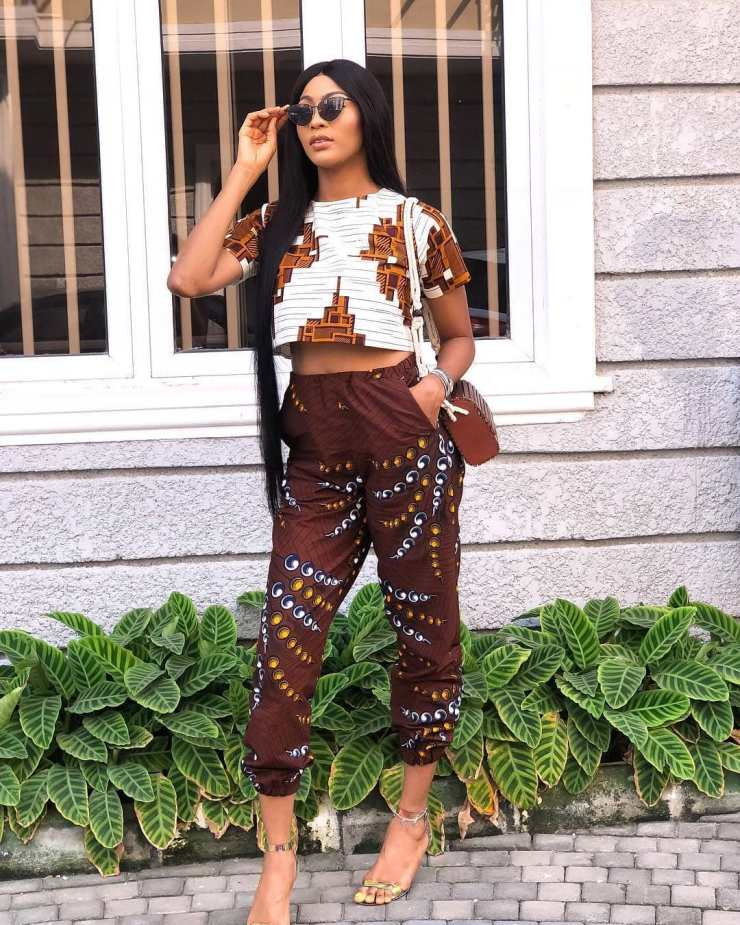 too much sauce! look perfect to any place in these amazing ankara styles TOO MUCH SAUCE! LOOK PERFECT TO ANY PLACE IN THESE AMAZING ANKARA STYLES  gloryninajpg