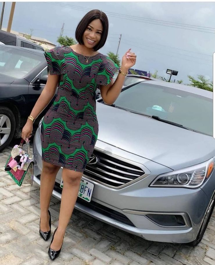 too much sauce! look perfect to any place in these amazing ankara styles TOO MUCH SAUCE! LOOK PERFECT TO ANY PLACE IN THESE AMAZING ANKARA STYLES 000