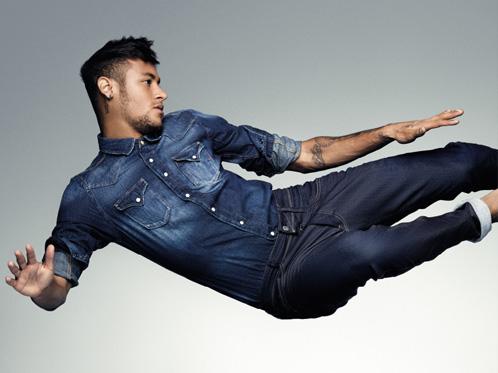 Neymar per Replay