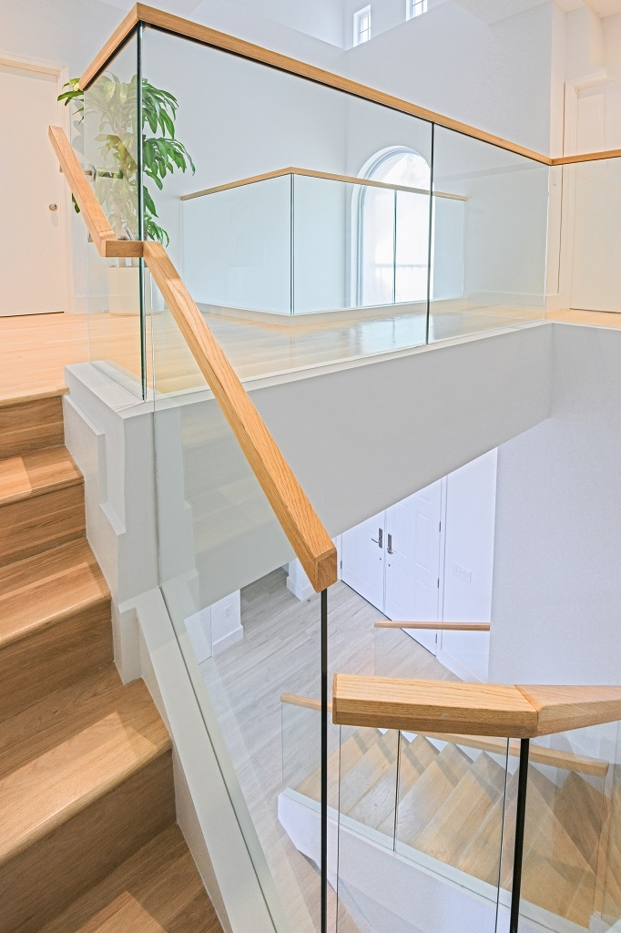 Glass Railings Wooden Cap Rails Bella Stairs | Wooden Handrail With Glass | Oak | Square | Marble | Landing | Nautical Wood