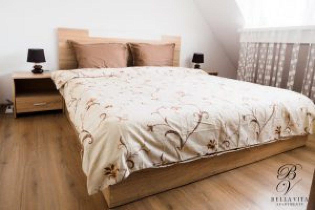 Напълно обзаведен апартамент под наем Благоевград широк център токи с една спалня