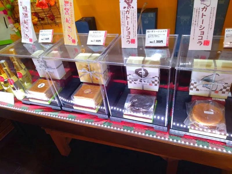 led2019 2 - 焼菓子ショーケーキにもLED増設 もちろんDIYで!
