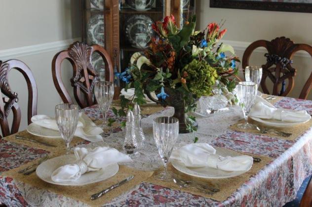 Belle Bleu Interiors-Anniversary Tablescape 10