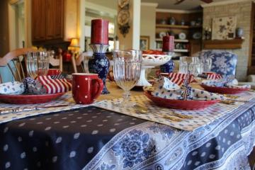bellebleuinteriors.com-Fourth July Tablescape6