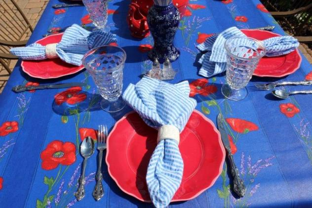 Belle Bleu Interiors Summer Tablescape 2