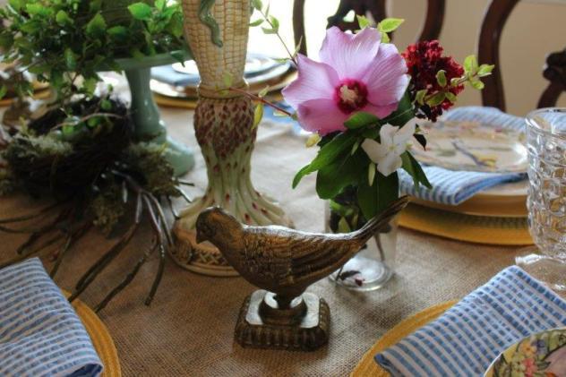 Belle Bleu Interiros Bird Tablescape 10