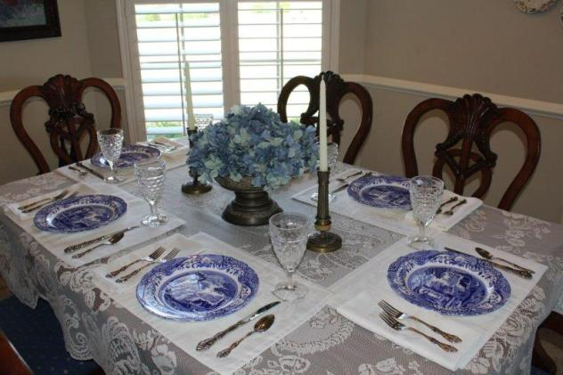 Belle Bleu Interiors Blue Italian Tablescape 1