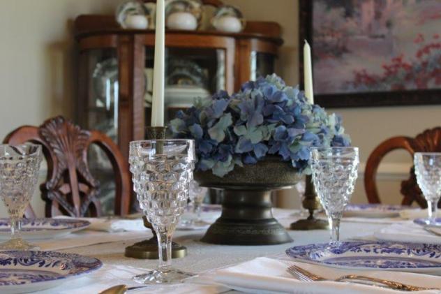 Belle Bleu Interiors Blue Italian Tablescape 8