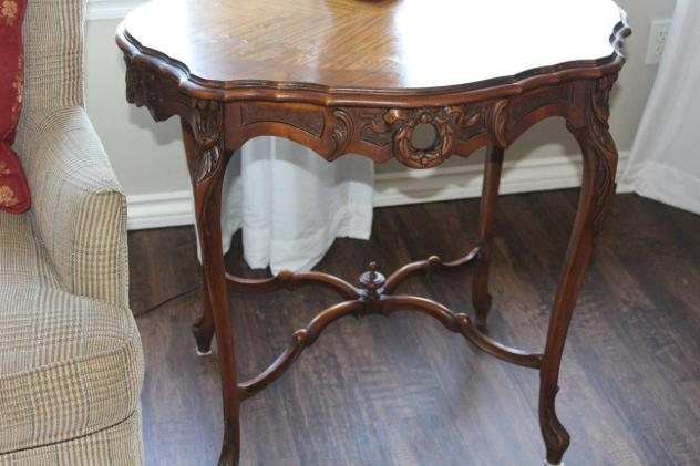 Belle Bleu Interiors French Country Mxiing Old with New 11