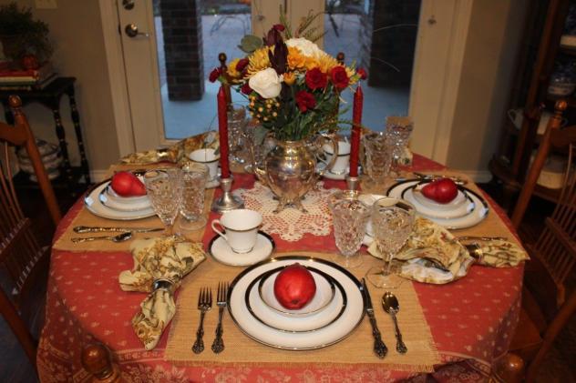 Belle Bleu Interiors Romantic Autumn Tablescape 2
