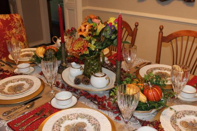 Belle Bleu Interiors Thanksgiving Table 5