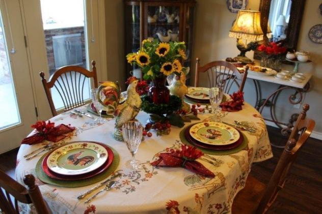 Belle Bleu Interiors Thanksgiving Tablescape Roundup 10